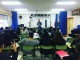 El concejal de Juventud visita los institutos para recoger propuestas de los jóvenes pinatarenses