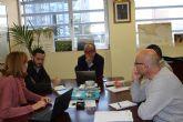 Agricultura analiza los resultados de los ensayos realizados en invernaderos de tomate y pepino en Mazarrón para la desinfección de suelos