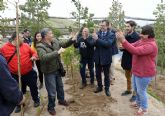 La participación social impulsa el Plan Foresta con una plantación multitudinaria de Aspapros en Terra Natura