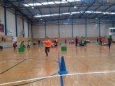 11 centros educativos y más de 150 escolares participaron en 'Jugando al Atletismo' benjamín, en Roldán