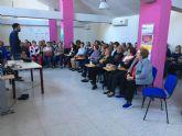 La asociación de mujeres Isabel González se acerca a los nuevos avances en odontología