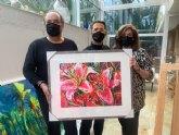 MUHER dona un cuadro a D�Genes, que se destinar� a una exposici�n solidaria y ben�fica de pintura para el mantenimiento del centro Cristina Arcas Valero de Lorca y los servicios que la asociaci�n presta