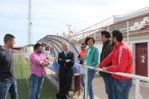 La alcaldesa se reúne con el director general de Deportes para solicitar mejoras en el Campo de Fútbol Municipal