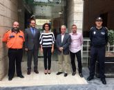 La Alcaldesa de Beniel pide al Director General de Seguridad más recursos para Protección Civil