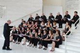El Coro de la Agrupaci�n Musical de Alhama escenifica