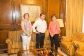 El alcalde se reúne con la presidenta de la Asamblea Regional para dar cuenta de los proyectos en los que trabaja esta administración local y sus retos más inmediatos