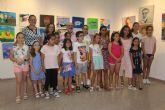 Los alumnos del taller de arte exponen 'Entre el cielo y la sal'