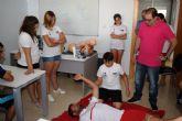 Cruz Roja sale a la calle para enseñar a los ciudadanos primeros auxilios y RCP
