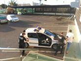 La Policía Local detiene a dos personas por conducción temeraria en un vehículo robado
