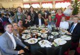 Cerca de 500 personas disfrutan de la comida anual de la junta local de la AECC torreña