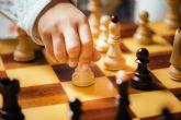 La Casa de la Cultura Pedro Serna ofrece clases de ajedrez hasta mayo
