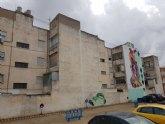 La lucha contra la Covid-19, tema central del nuevo mural de Murfy en la calle Severo Ochoa