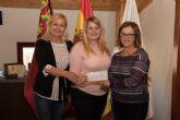 El ayuntamiento incrementa la subvención a ACOMA para que se fomenten las compras en los comercios del municipio