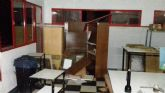 La Policía sorprende infraganti de madrugada a tres individuos en el interior del Centro Cultural