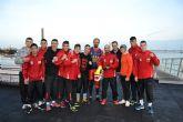 El Equipo Nacional de Boxeo sub-22 se sube al Dragón Boat de la mano de la AD Pinatar