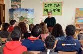 El pintor Pedro Cano inicia en el IES 'La Florida' el ciclo 'Cita con mi autor'