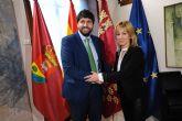 La alcaldesa de Campos del Río se reúne con el presidente López Miras