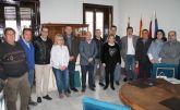 Ayuntamiento, empresarios, comerciantes y hosteleros de Cieza se solidarizan con los agricultores ante la manifestación de Madrid