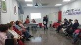 El pasado lunes se celebró en los locales de Cruz Roja Totana el coloquio Rompe con las desigualdades