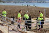 80 voluntarios recogen 500 kilos de desechos en la jornada de concienciaci�n 'cuidemos nuestras playas'