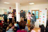 Los alumnos del aula abierta inauguran la programación  de bibliotecas con motivo del día mundial del libro