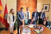 El alcalde de Alcantarilla recibe al Brujo del Año 2018