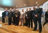 Distinguen a los cabos Norberto Costa y Pedro C�novas y al agente Francisco S�nchez en el transcurso del III Encuentro de las Polic�as Locales de la Regi�n de Murcia