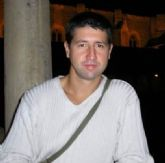 José Antonio Jiménez-Barbero presenta la novela El niño que no quiso llorar el martes 7 de junio en Molina de Segura