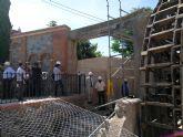 Las obras de reparación de la Noria de Abarán avanzan con la colocación del eje