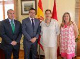 El alcalde recibe a la recientemente elegida presidenta de la Asociación Víctimas del Terrorismo
