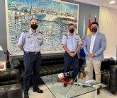 El alcalde, José Miguel Luengo recibe a los coroneles saliente y entrante de la AGA