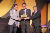 Entregan el premio Catedral del Cante al embajador de Bélgica en España