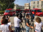 La flota municipal de autobuses se renueva con cuatro nuevos vehículos limpios que reducen la emisión de partículas un 99%