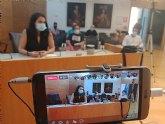 La portavoz del PSOE, Isa Molino, pone de manifiesto incoherencias varias de la reuni�n de ayer