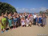 Autoridades municipales clausuran, con su visita, el programa de viajes a la Cala del Pino 2017