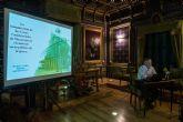 Mariano Guillén profundiza en la historia de Casas Consistoriales