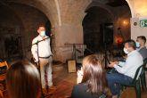 El Museo del Vino de Bullas acoge la exposición de Juan Llorente 'Un racimo de perlas'