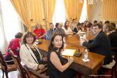 Ana Blandiana participa en un encuentro con 21 jovenes poetas