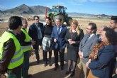 Las obras de la nueva rotonda que facilita el acceso al polideportivo de Mazarrón finalizarán antes de Semana Santa