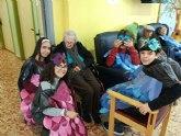 Alumnado del Prado Mayor compartieron el carnaval con los abuelos y abuelas de la Residencia La Purísima