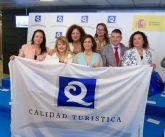 Seis playas de Mazarrón reciben la bandera Q de Calidad Turística