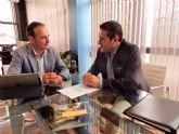 El alcalde de Alcantarilla, Joaquín Buendía, se reúne con el consejero de Turismo, Cultura y Medio Ambiente, Javier Celdrán