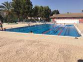 La piscina de verano, en plena actividad durante el mes de agosto