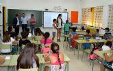 El director general de Universidades e Investigación visita el colegio 'Vista Alegre' en el inicio del curso escolar