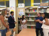 La directora general de Centros María Remedios Lajara visita  San Javier en el arranque de curso