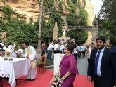 López Miras asiste a la misa y posterior procesión al Santuario de Nuestra Señora de la Esperanza en Calasparra