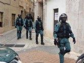 Una operación en materia de seguridad ciudadana interviene en tres viviendas ocupadas