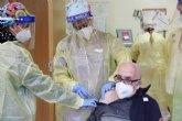 Dionisio S�nchez, primer vacunado en Alhama contra la Covid-19