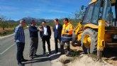 Las obras en la carretera de El Berro de Alhama de Murcia mejorar�n la seguridad al evitar la formaci�n de charcos