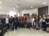 El alcalde recibe a un grupo de estudiantes alemanes de intercambio con el colegio 'Sagrado Corazón'